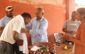 युनिक स्पोर्टस क्लव वर्दियाद्वारा शिक्षक नरेश र युवा नेता सीताराम सम्मानित